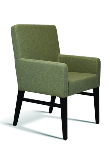 Picture of GAR FURNITURE BEDFORD SERIES ARM CHAIR